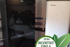 Caldaia a pellet Moretti Design Tecnika Turbo Glass Aqua 30